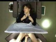 Beautiful Japanese kinantot ng doctor
